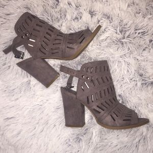 Gray Heels with silver buckles